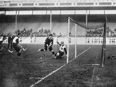 Scotland beating Germany 4-0 at hockey in the 1908 Olympics